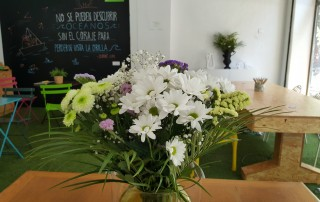 Flores en Freeland Innovation Center
