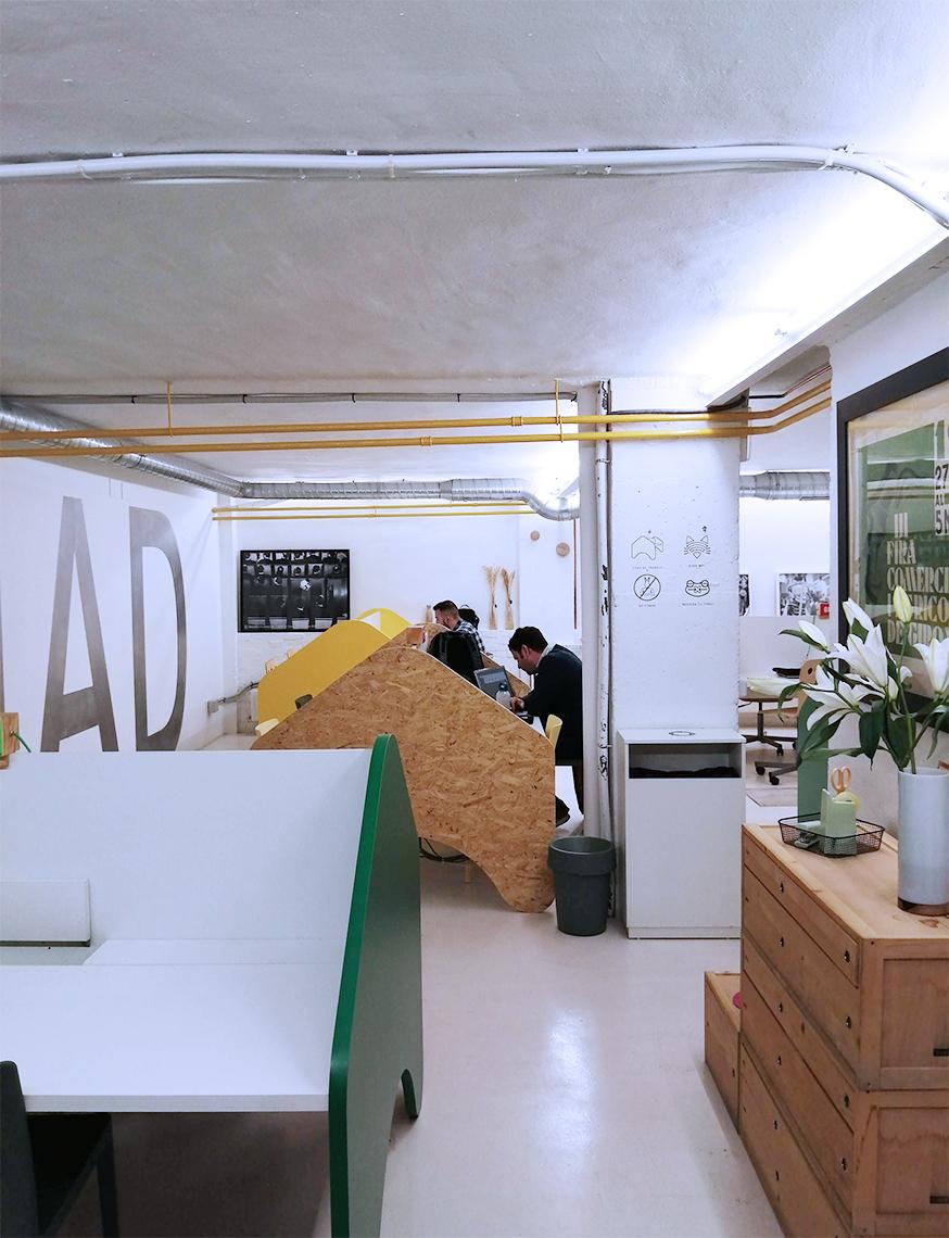 Trabajando en un espacio de coworking